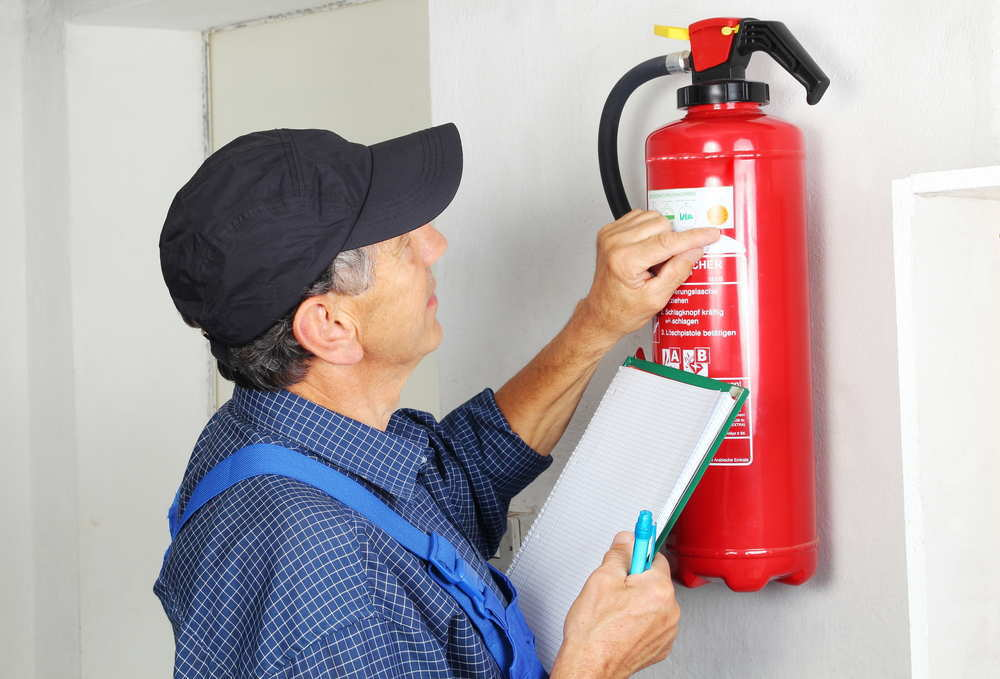 Mi comunidad no pudo cobrar el seguro por no tener los extintores en regla